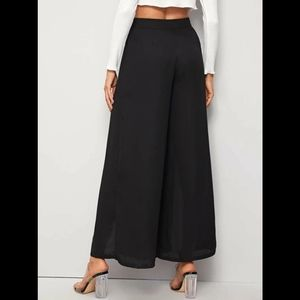 High waisted slit wide-legged pant*